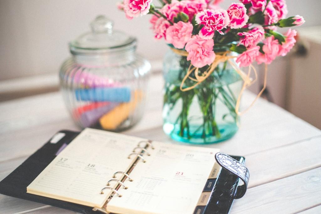 Summer, news, work, Creative Analysis
